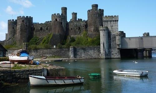 conwy-castle-snowdonia